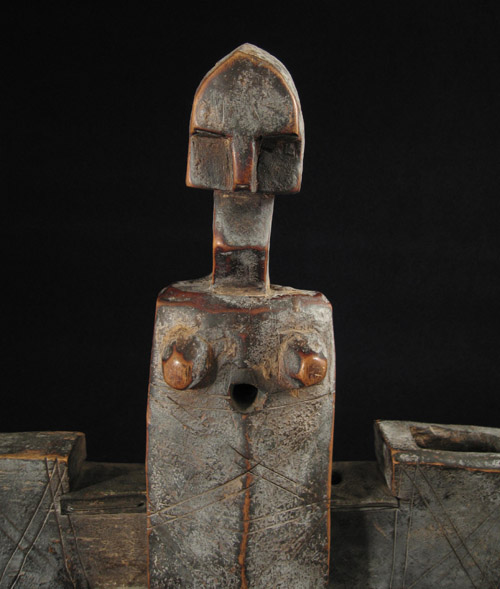 African Tribal Art - Door lock, Bamana, Mali, detail
