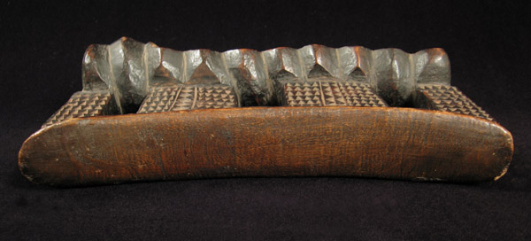 African Tribal Art - Headrest, Zulu, South Africa, top