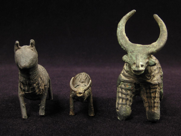 Asian Tribal Art - Bronze animal figures, Kondh, Orissa, India, front